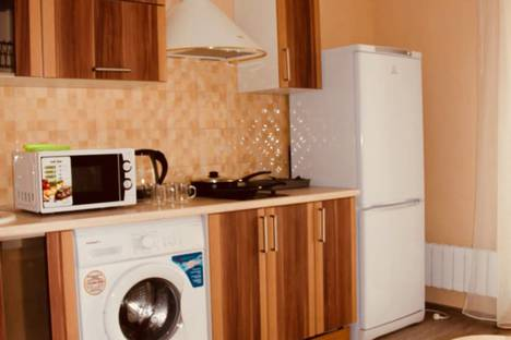 Сдается 1-комнатная квартира посуточно в Аксае, улица Мира, 1А/39.