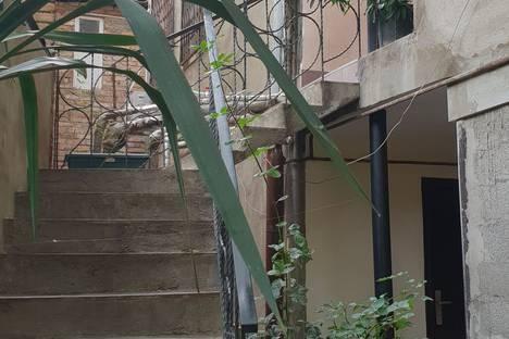 Сдается коттедж посуточно в Тбилиси, проспект Шота Руставели.улица В. Сараджишвили 48.