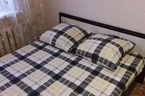 Сдается 1-комнатная квартира посуточно в Волжском, улица Александрова, 2.