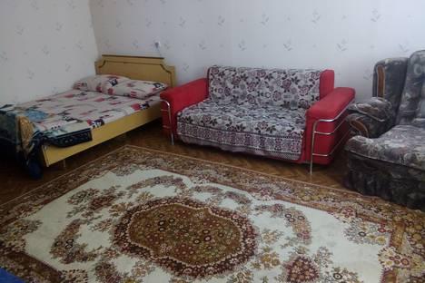 Сдается 1-комнатная квартира посуточно в Одессе, Одеса, провулок Свiтлий, Дом 14.