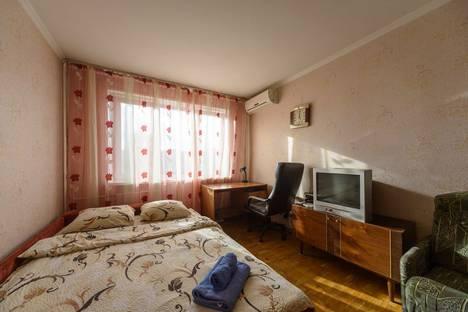 Сдается 1-комнатная квартира посуточно в Киеве, Київ, Оболонська площа, 1.