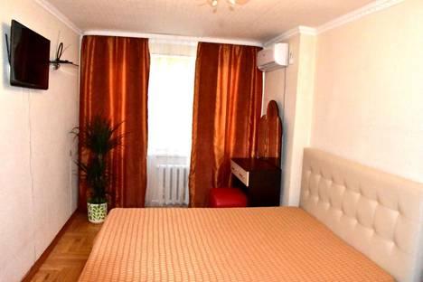 Сдается 1-комнатная квартира посуточно в Нальчике, улица Захарова, 105.