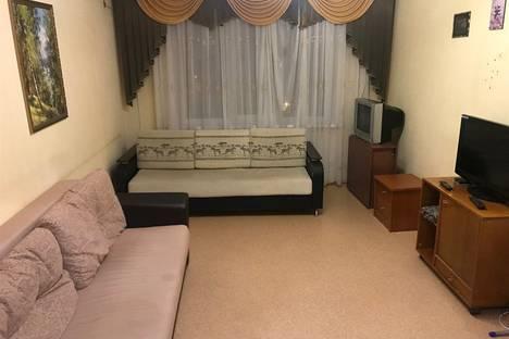 Сдается 3-комнатная квартира посуточно в Балакове, улица 30 лет Победы, 32.
