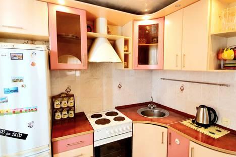 Сдается 2-комнатная квартира посуточно, улица Минская, 2.