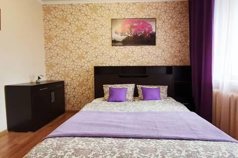 Сдается 2-комнатная квартира посуточно, улица 30 лет Победы, 39.