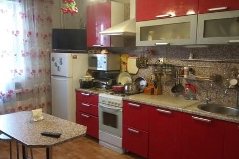 Сдается 3-комнатная квартира посуточно в Пскове, улица Шестака, 20.