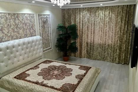 Сдается 1-комнатная квартира посуточно в Караганде, проспект Нуркена Абдирова.