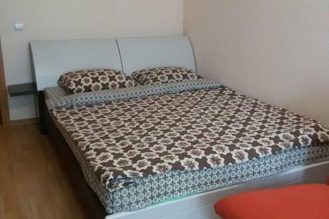 Сдается 1-комнатная квартира посуточно в Петрозаводске, Казарменская улица, 4.
