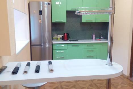 Сдается 1-комнатная квартира посуточно в Новокузнецке, улица Фестивальная, 8.