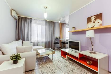 Сдается 2-комнатная квартира посуточно в Москве, улица Большая Якиманка, 54.