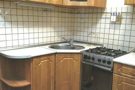 Сдается 1-комнатная квартира посуточно в Перми, улица Грузинская, 5.