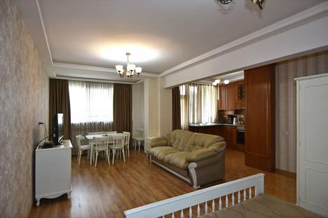 Сдается 1-комнатная квартира посуточно в Ереване, московян 28,.