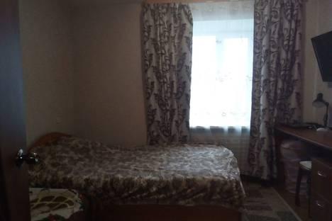 Сдается 3-комнатная квартира посуточно в Великом Устюге, улица Кузнецова, 7.
