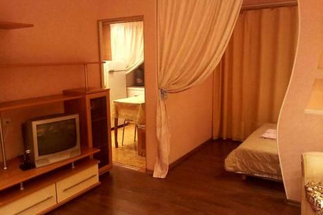 Сдается 1-комнатная квартира посуточно в Якутске, улица Стадухина 84.