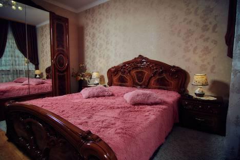 Сдается 2-комнатная квартира посуточно в Кисловодске, улица Ярошенко, 16/4.