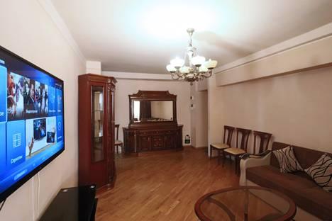 Сдается 3-комнатная квартира посуточно в Ереване, Yerevan, Mesrop Mashtoc pokhota, 15.