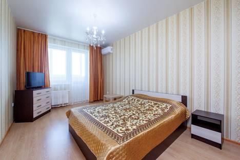 Сдается 2-комнатная квартира посуточно, Ставропольская улица, 336/6лит2.