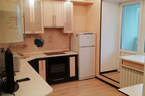 Сдается 1-комнатная квартира посуточно в Белгороде, улица 60 лет Октября, 9а.