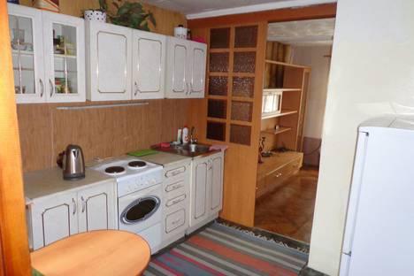 Сдается коттедж посуточно в Новосибирске, 1-й переулок Костычева, 52.