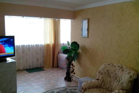 Сдается 2-комнатная квартира посуточно в Актау, 4 мкр. 37 дом..