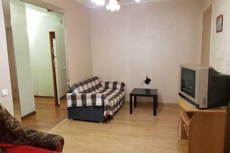 Сдается 2-комнатная квартира посуточно в Великом Новгороде, Большая Санкт-Петербургская улица, 32.