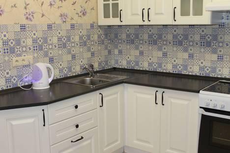 Сдается 1-комнатная квартира посуточно в Одинцове, улица Чистяковой, 48.