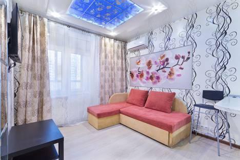 Сдается 2-комнатная квартира посуточно в Химках, Совхозная улица, 16.