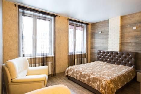 Сдается 1-комнатная квартира посуточно в Красноярске, улица Петра Ломако, 14.