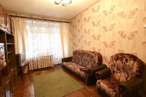 Сдается 2-комнатная квартира посуточно в Уфе, улица Крупской, 6.