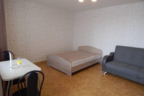 Сдается 2-комнатная квартира посуточно в Перми, улица Полевая, 10.