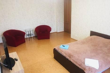 Сдается 3-комнатная квартира посуточно в Новосибирске, улица Вокзальная Магистраль 10.