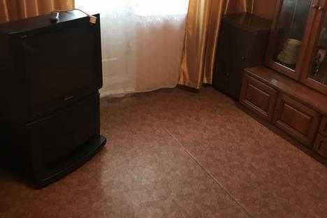 Сдается 2-комнатная квартира посуточно, улица Ново-Садовая, 2.