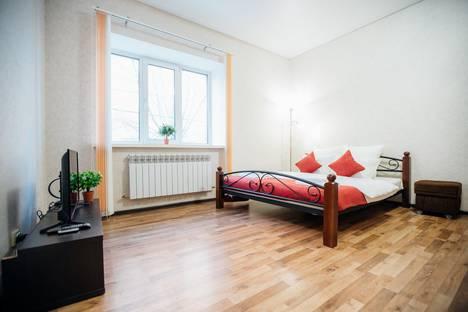 Сдается 1-комнатная квартира посуточно в Калуге, улица Тульская, 76.