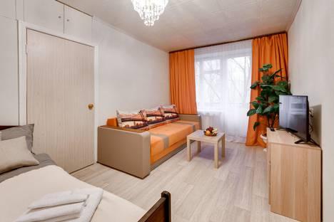Сдается 2-комнатная квартира посуточно в Москве, 2-й Красногвардейский проезд, 10.