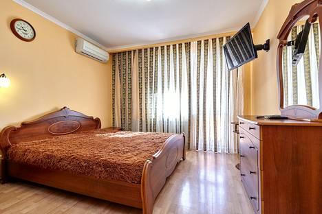 Сдается 2-комнатная квартира посуточно в Краснодаре, улица Атарбекова, 5 корпус 1.
