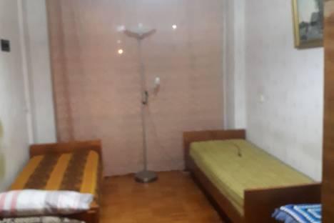 Сдается 3-комнатная квартира посуточно в Архангельске, проспект Новгородский, 41.