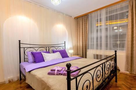 Сдается 2-комнатная квартира посуточно в Москве, Оружейный переулок, 25.