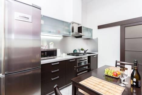 Сдается 2-комнатная квартира посуточно в Минске, улица Володарского, 4.