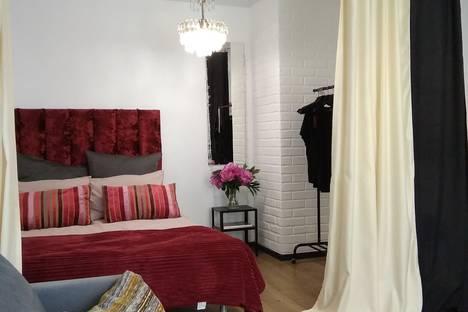 Сдается 1-комнатная квартира посуточно в Нижнем Тагиле, проспект Дзержинского, 58.