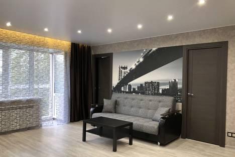 Сдается 3-комнатная квартира посуточно в Рыбинске, улица Крестовая, 126.