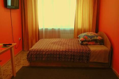Сдается 1-комнатная квартира посуточно в Новосибирске, улица Геодезическая, 7.