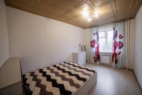 Сдается 2-комнатная квартира посуточно в Томске, ул.Елизаровых 4.