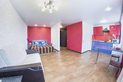 Сдается 1-комнатная квартира посуточно в Саратове, улица Рахова, 149/157.