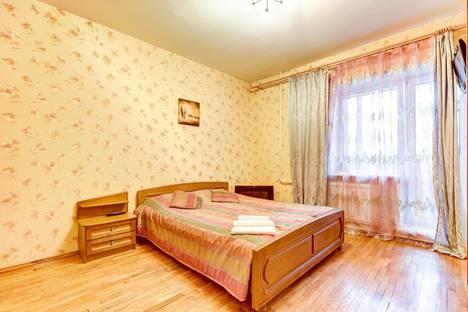 Сдается 2-комнатная квартира посуточно в Санкт-Петербурге, ул Ленсовета, 88.
