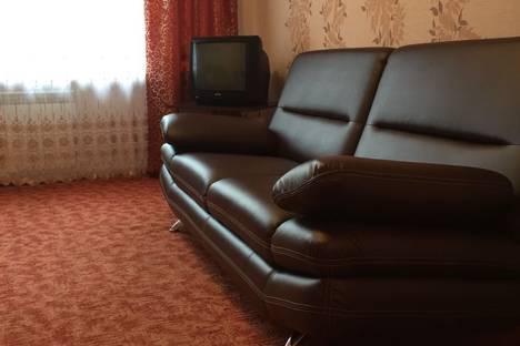 Сдается 1-комнатная квартира посуточно в Юрге, Комсомольская улица, 2.