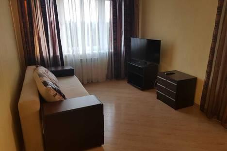 Сдается 2-комнатная квартира посуточно в Жуковском, улица Гарнаева14.