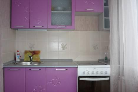 Сдается 2-комнатная квартира посуточнов Черногорске, Торговая, 10.