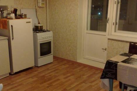 Сдается 2-комнатная квартира посуточно, ул.Профсоюзная 18 а.