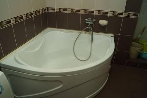 Сдается 2-комнатная квартира посуточно в Ульяновске, Кирова 28.