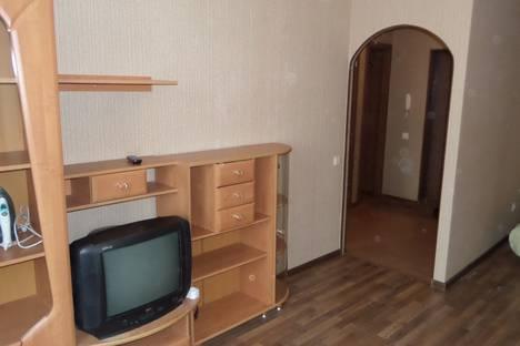 Сдается 1-комнатная квартира посуточно в Нижнем Новгороде, ул. Ванеева 96.